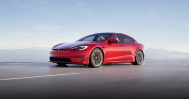 Tesla S Plaid+