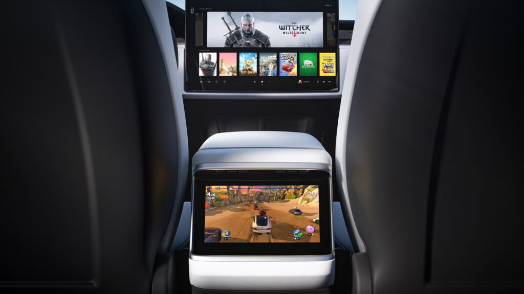 Tre nye skærme i Tesla S